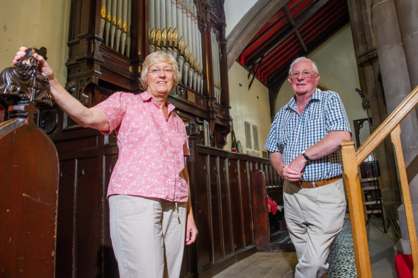 Organists Sally Carus and Alastair Davidson.