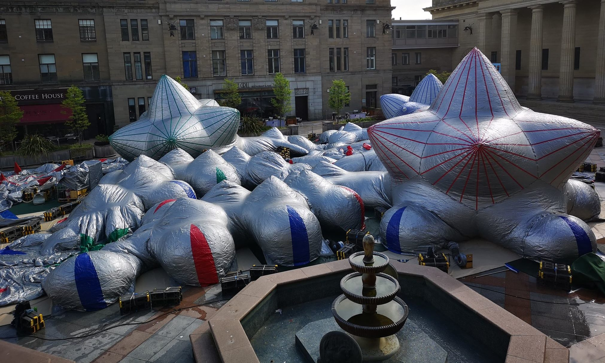 The luminarium is being installed at Dundee City Square today.