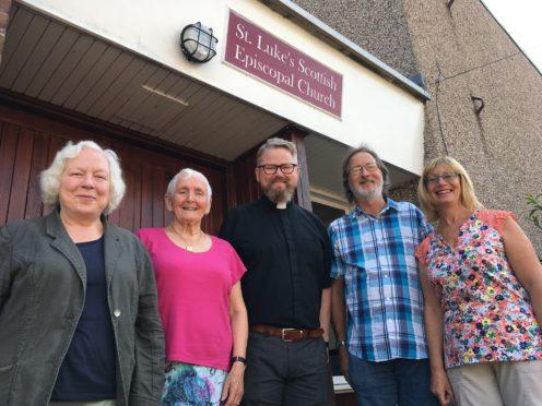 Sally Carr, Gwenneth Crawford, Rev Gerry Dillon, Gordon Munn and Fiona Munn from St Lukes Church.
