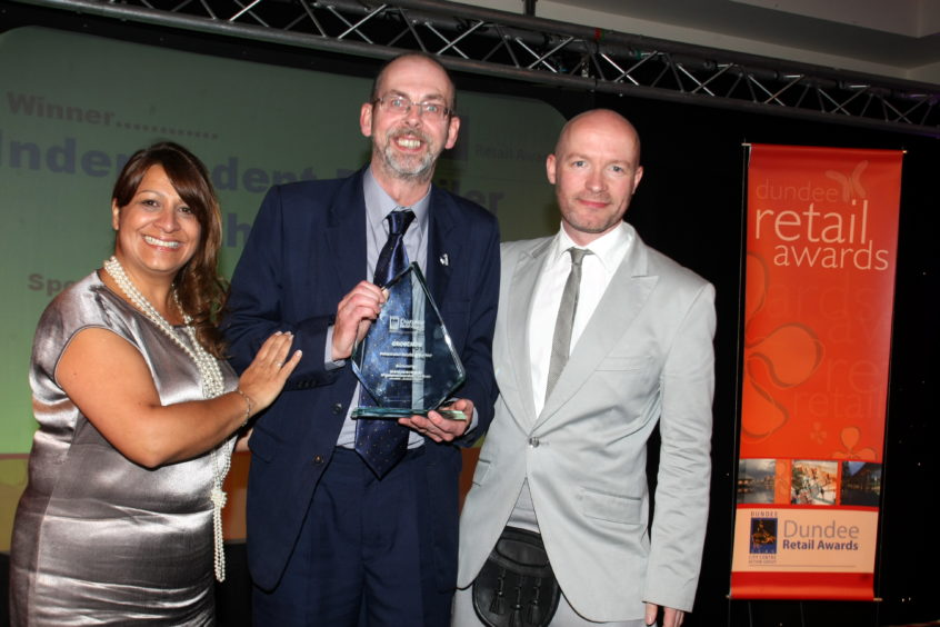 Groucho's was winner of independent business of the year at the Dundee Retail Awards in 2009.