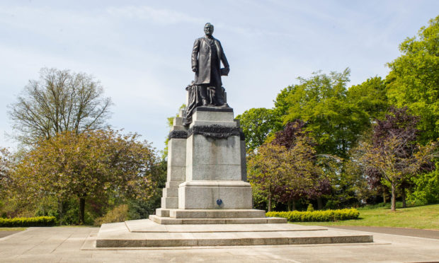Statue of Andrew Carnegie in Dunfermline.