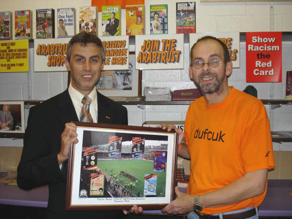 To commemorate Dundee United's run to the 1986/87 UEFA Cup final, the ArabTRUST produced a print featuring the six home programmes from the ties against Lens, Craiova, Hajduk Split, Barcelona, Borussia Monchengladbach and Gothenburg over a photograph of the teams coming out for the second leg of the final at Tannadice. The print was available from Groucho's for £3.
