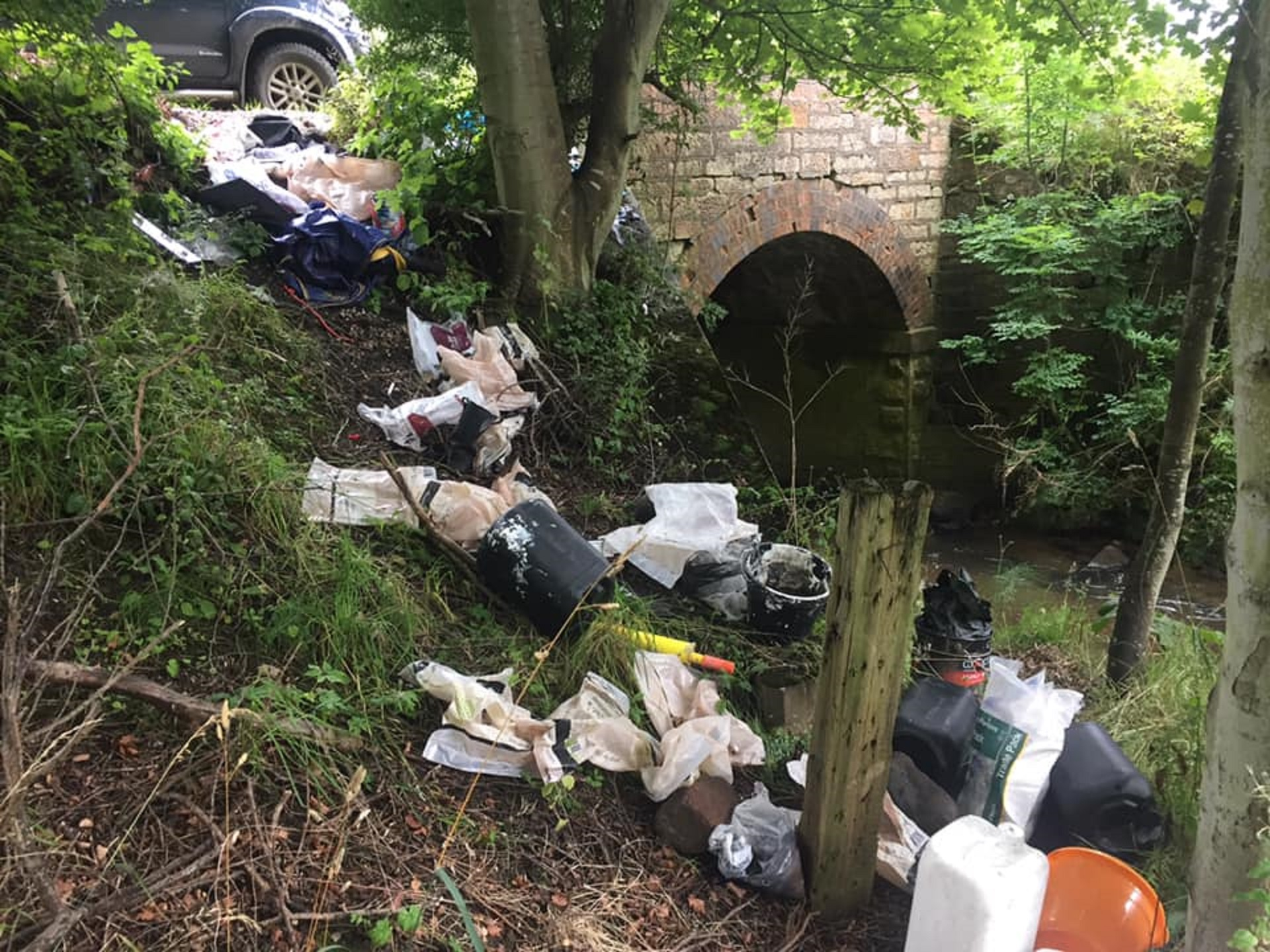 Flytipping near Elie Holiday Park.