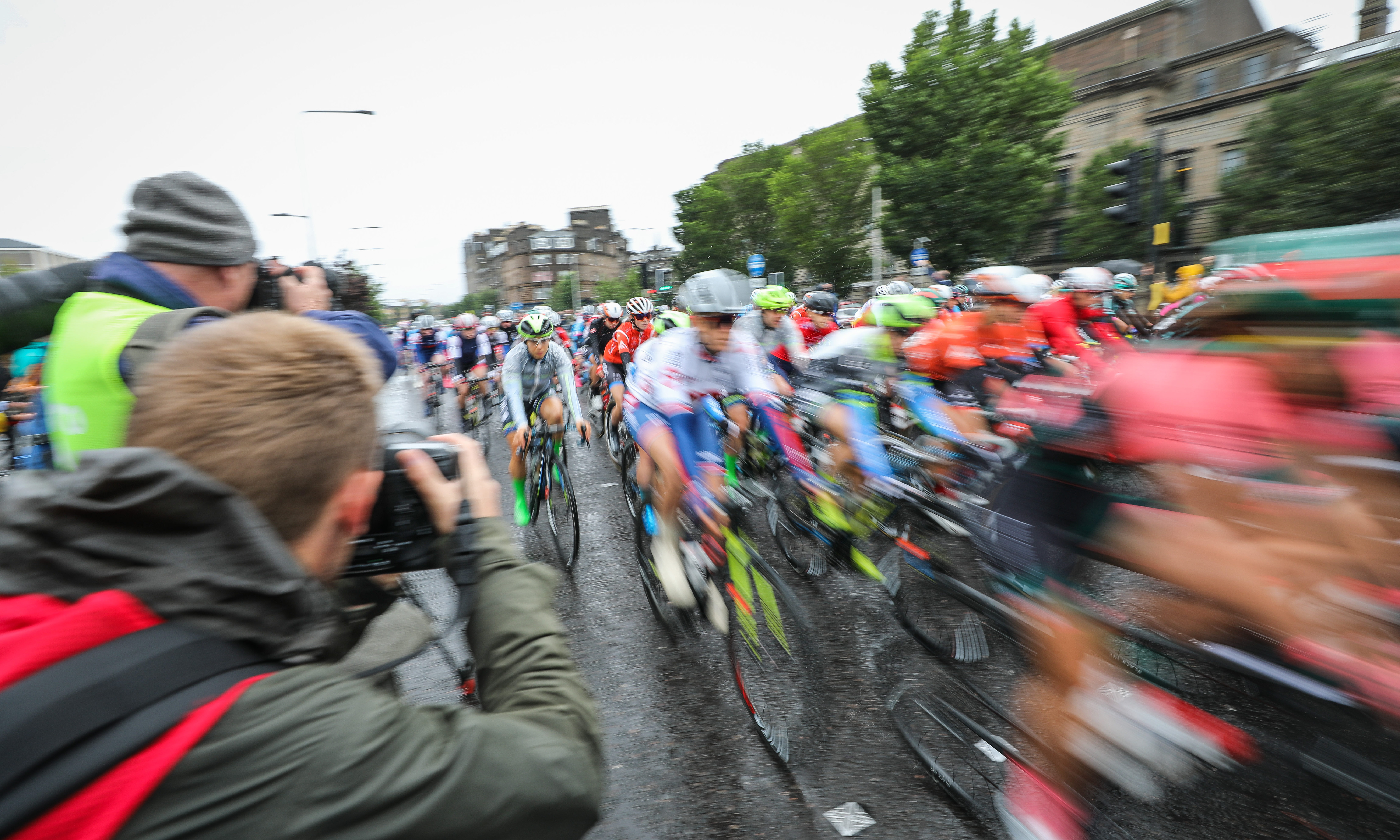The Women's Tour of Scotland sets off from Slessor Gardens.