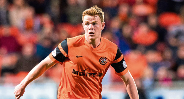 11/04/17 LADBROKES CHAMPIONSHIP  DUNDEE UNITED v DUNFERMLINE  TANNADICE - DUNDEE  Dundee United's Scott Allardice in action.