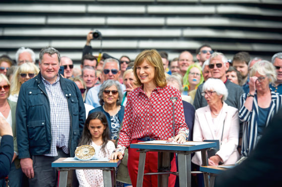 Fiona Bruce recording the 'Good, Better, Best' section of Antiques Roadshow at V&A Dundee.