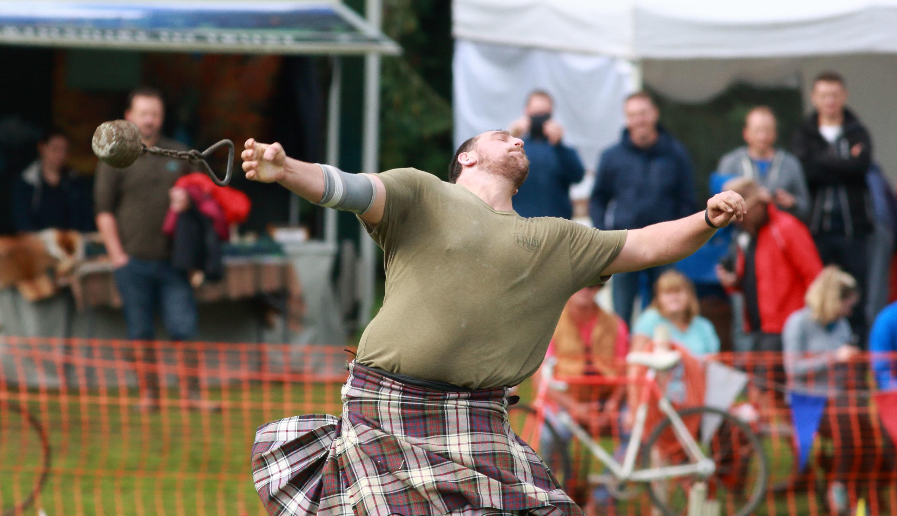 Heavyweight at Birnam Highland Games Pic Phil Hannah
