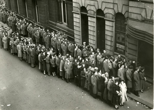 Queue at Kinnaird Cinema, Dundee, 1954.