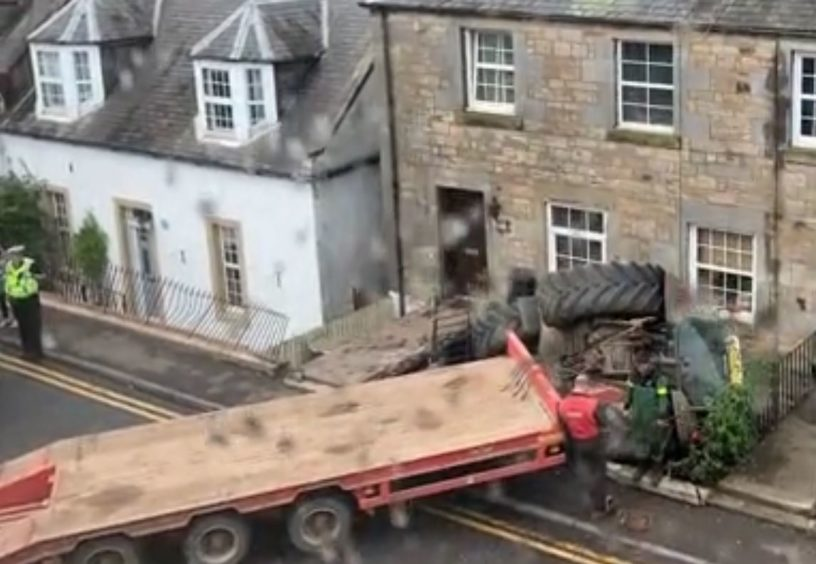 A lorry went off the road and into a house in Largo Road, Lundin Links.