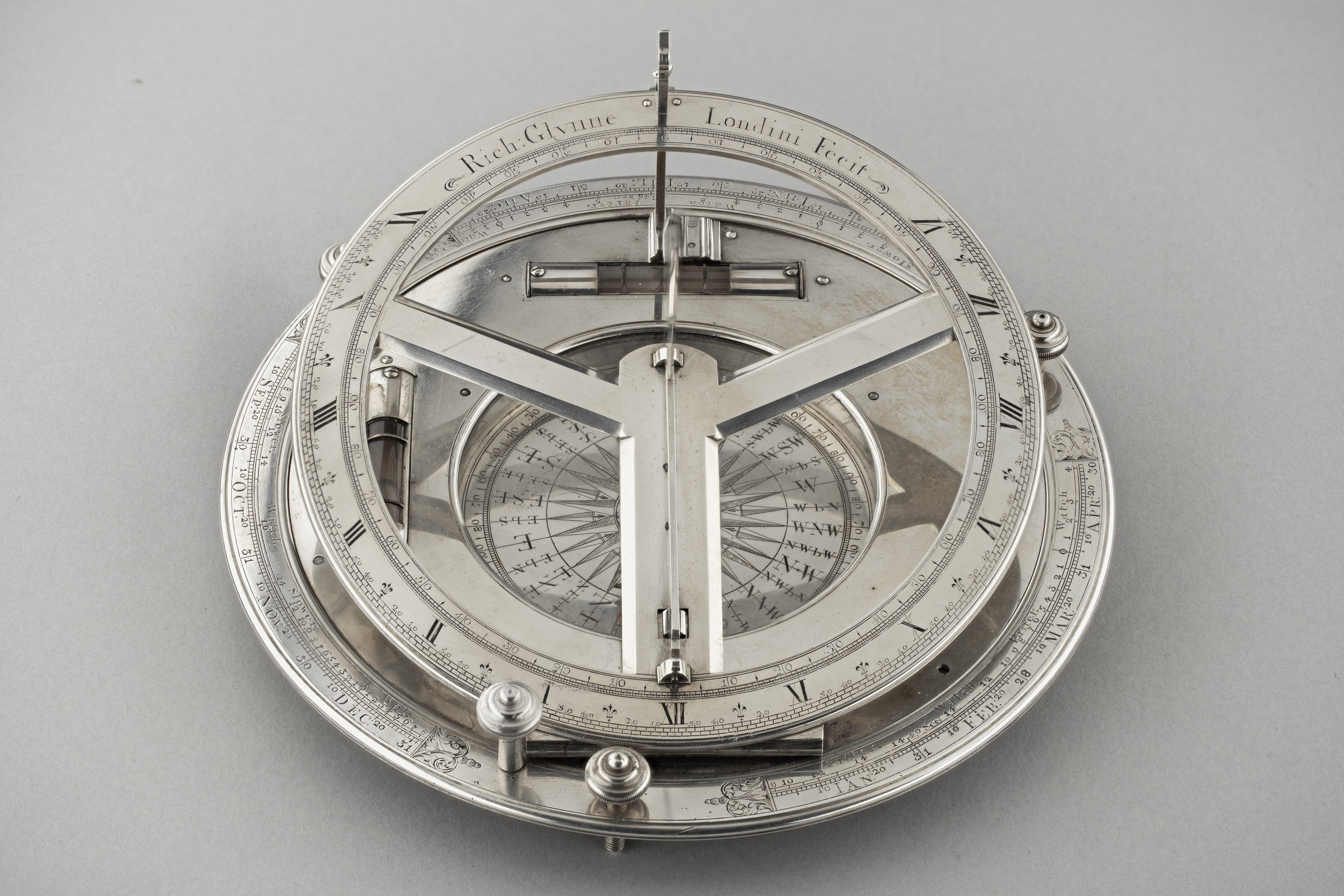 Richard Glynne, London, Inclining Dial, 1706 – 1743. Photographs by kind permission of Dr. John C. Taylor OBE