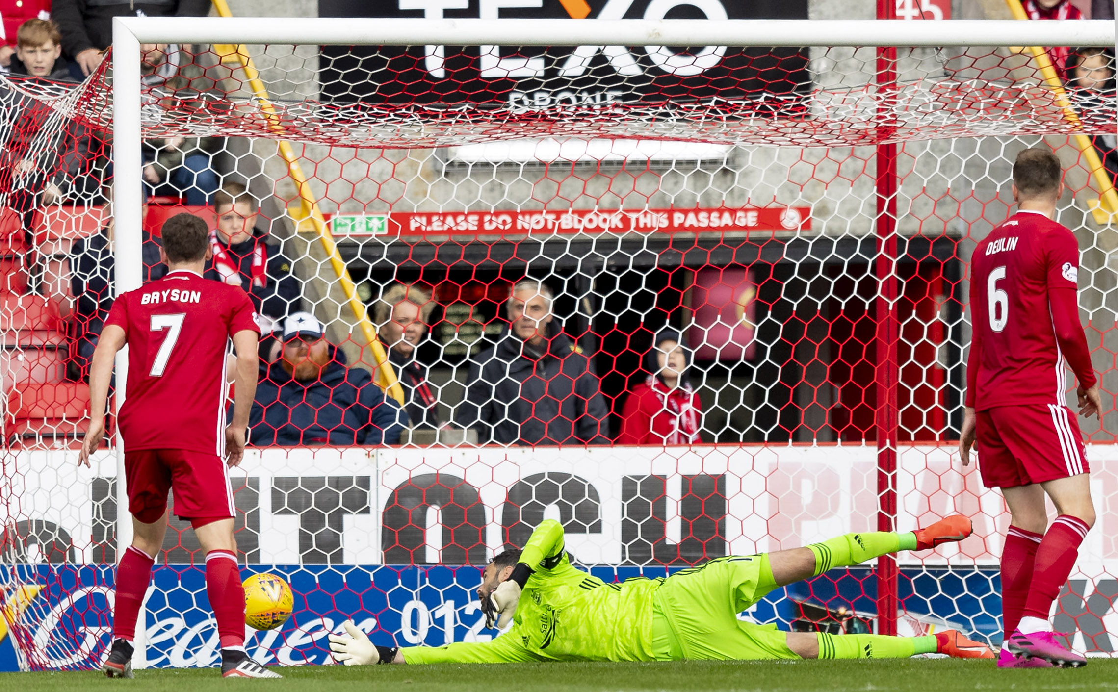 Aberdeen keeper Joe Lewis can't keep out Michael O'Halloran's shot.