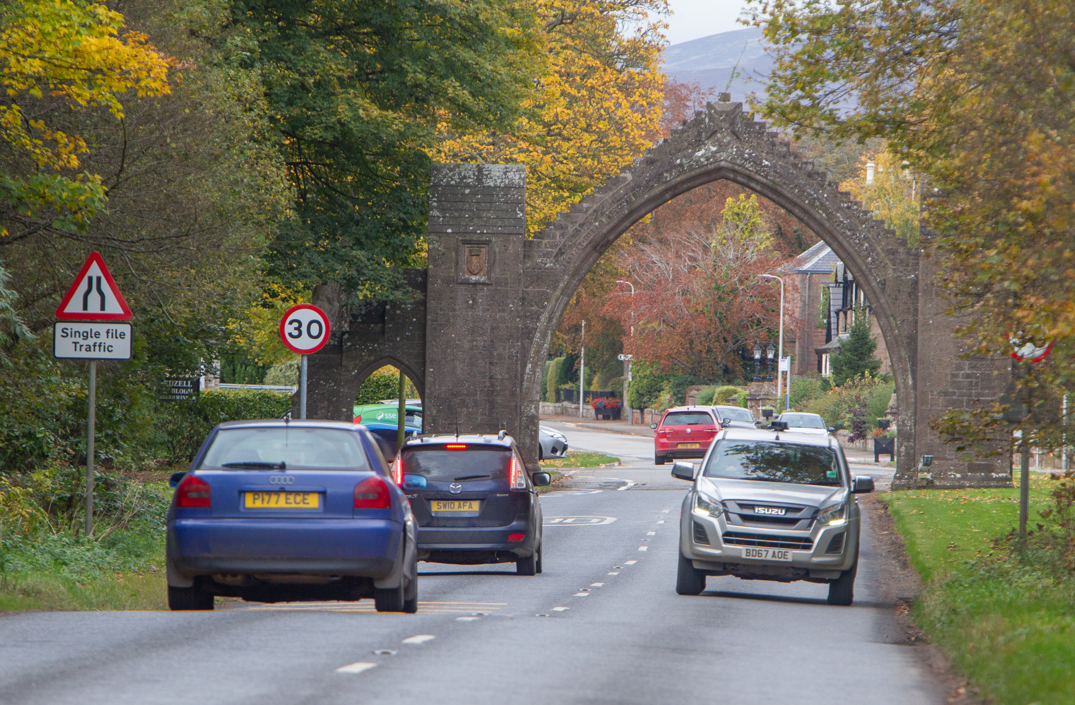 The approach to the village through the Edzell Arch.