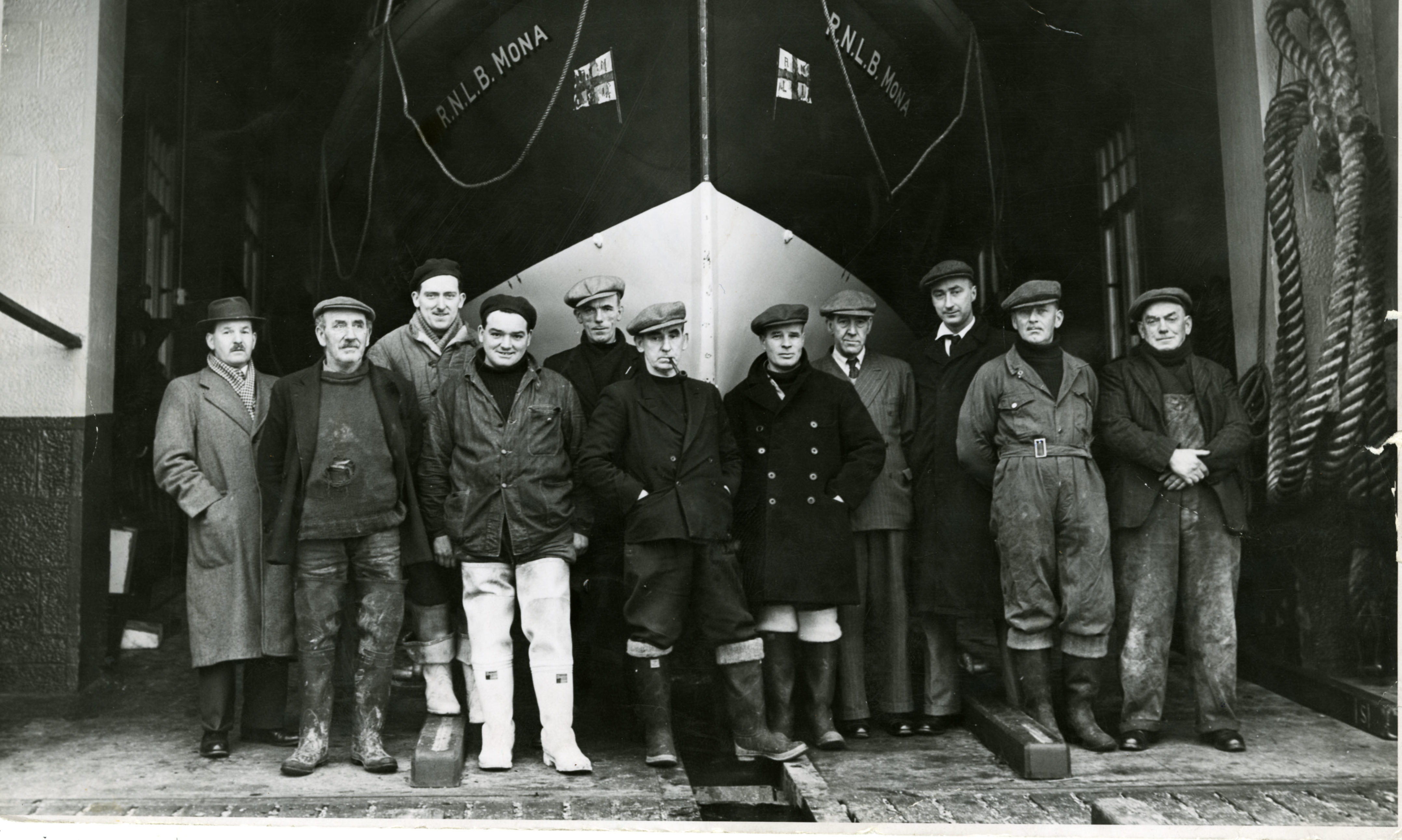 "Crew for the Borughty Ferry lifeboat, the ""Mona""."