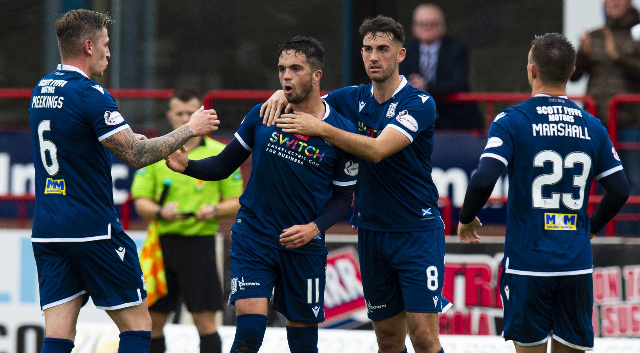 Dundee's Declan McDaid celebrates his goal.