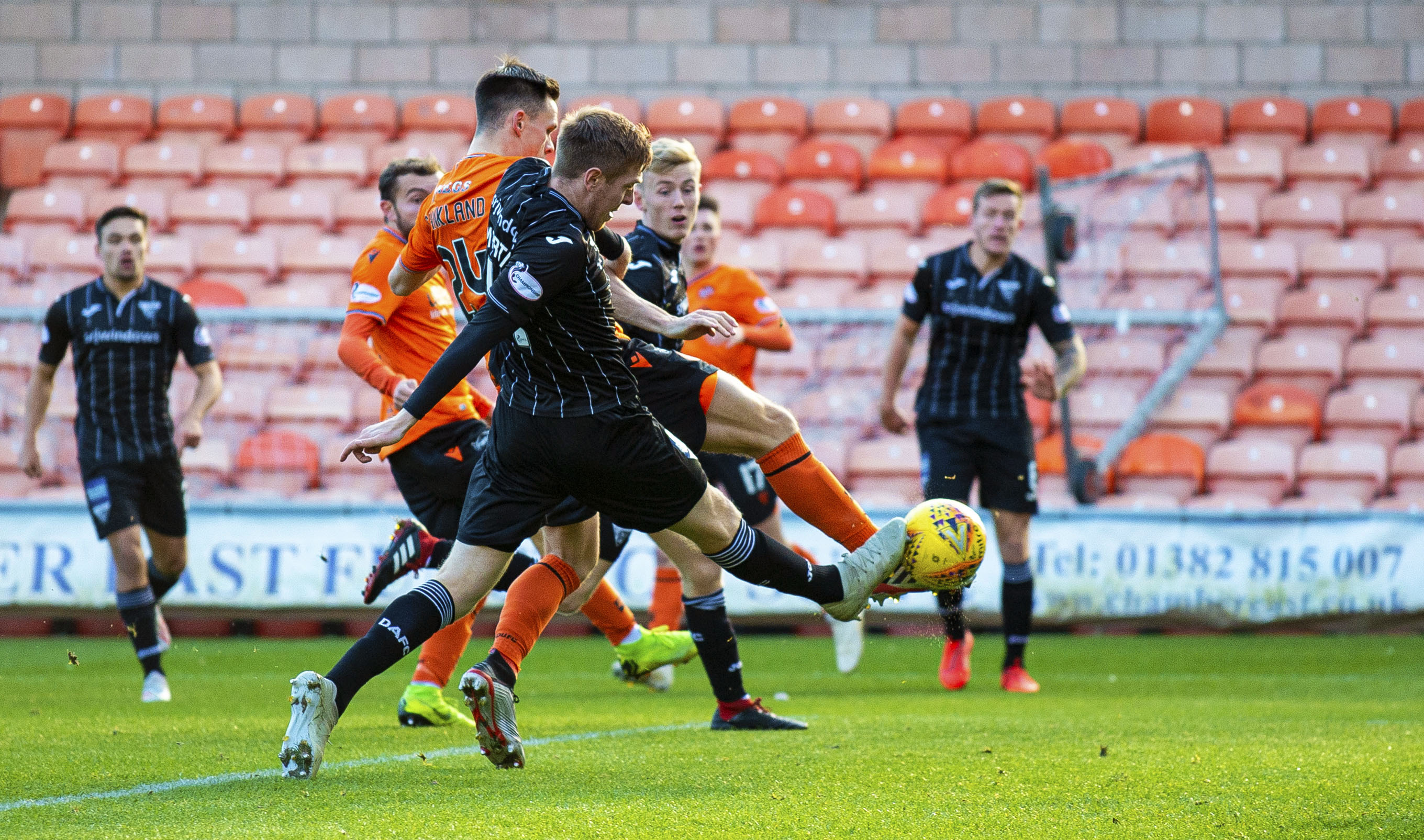 Lawrence Shankland opens the scoring for United.