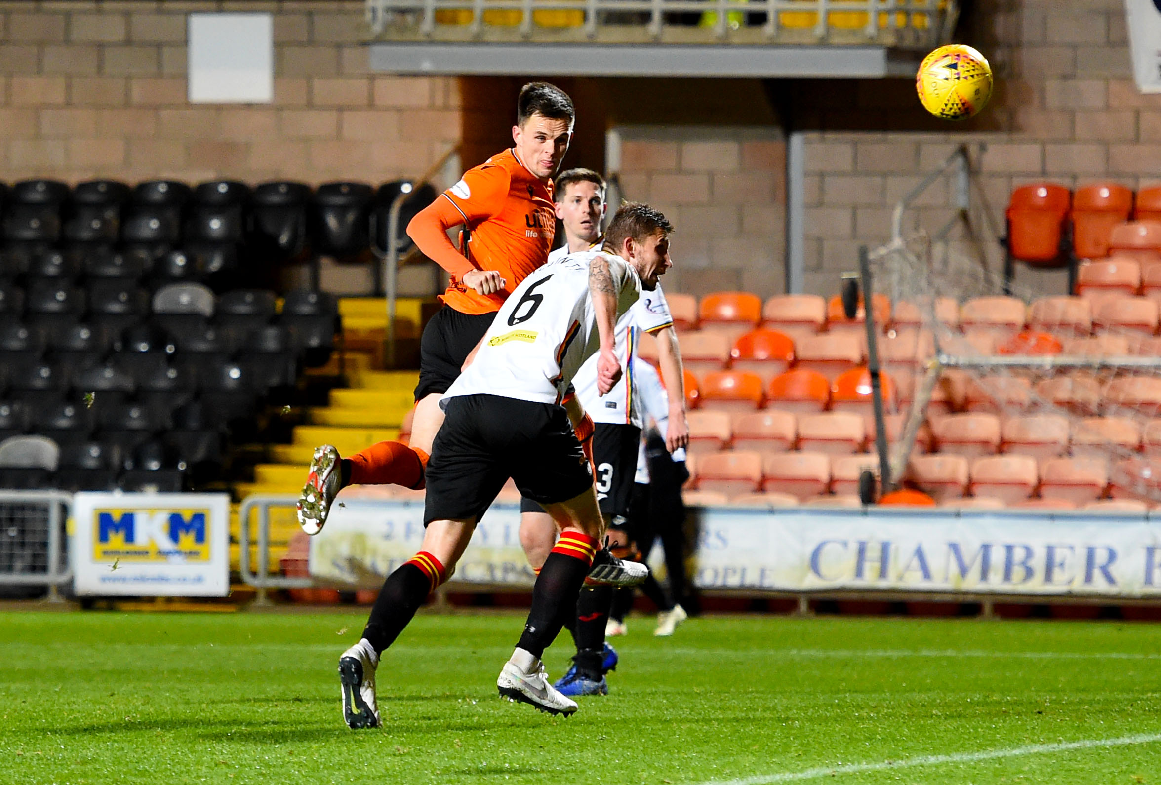 Lawrence Shankland makes it 1-0 to United.