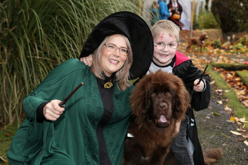 Laura Spink from Arbroath with her son Charlie (5) and Angus.