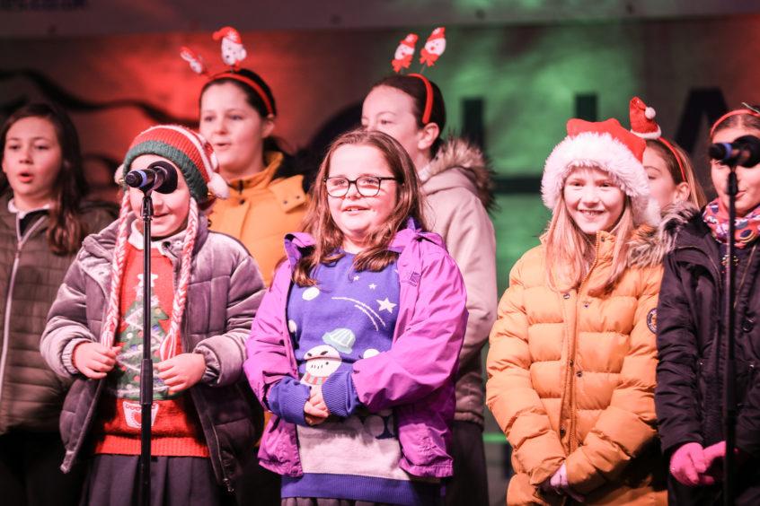 Eastern Primary School Choir performing.