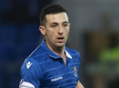 Former St Johnstone, Hearts and Rangers midfielder Jason Holt has been training with Livingston for the past week