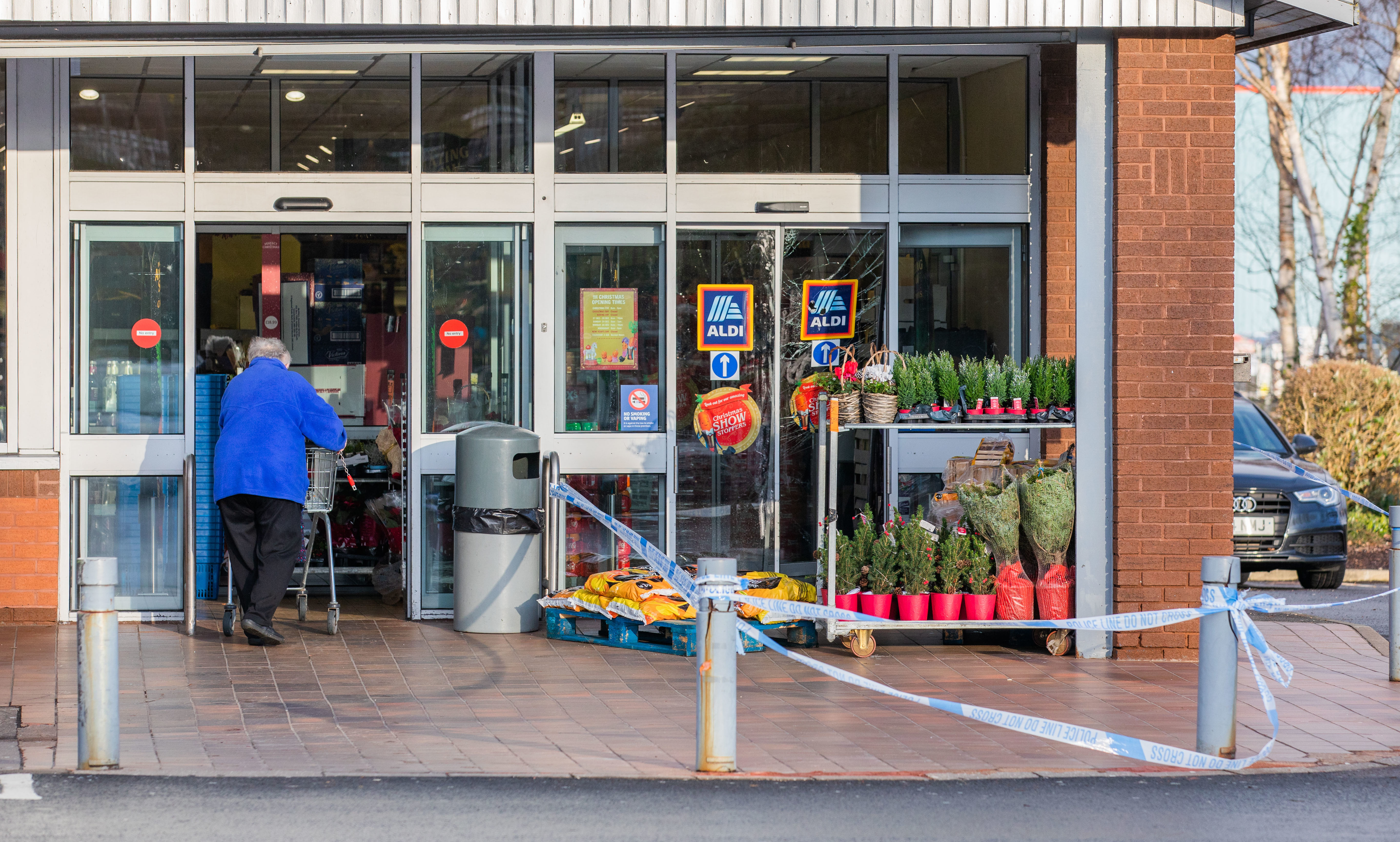 Police probe the break-in at ALdi, Glasgow Road, Perth