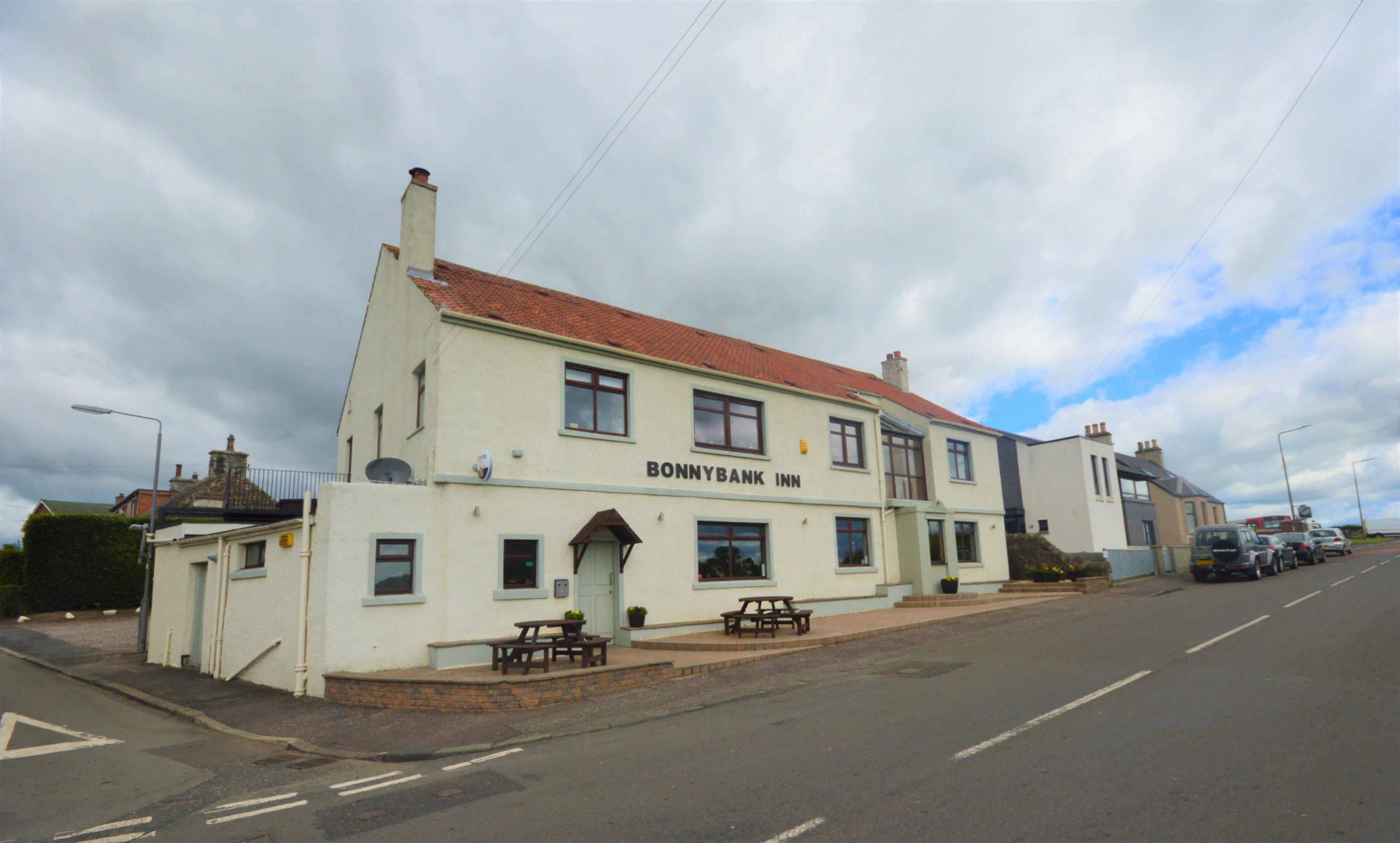 Bonnybank Inn