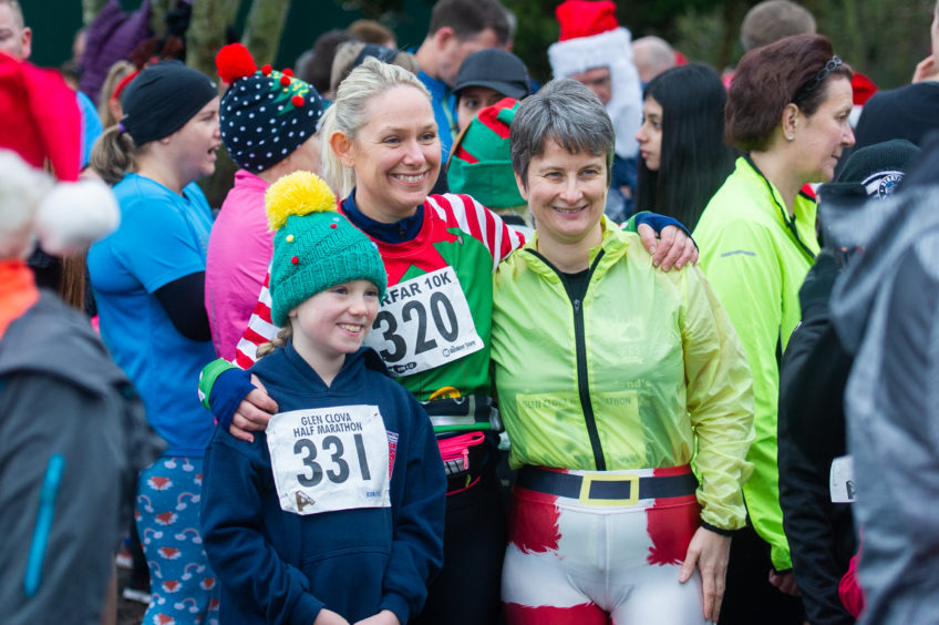 Runners gather ready for the start of the event at Forfar Loch.
