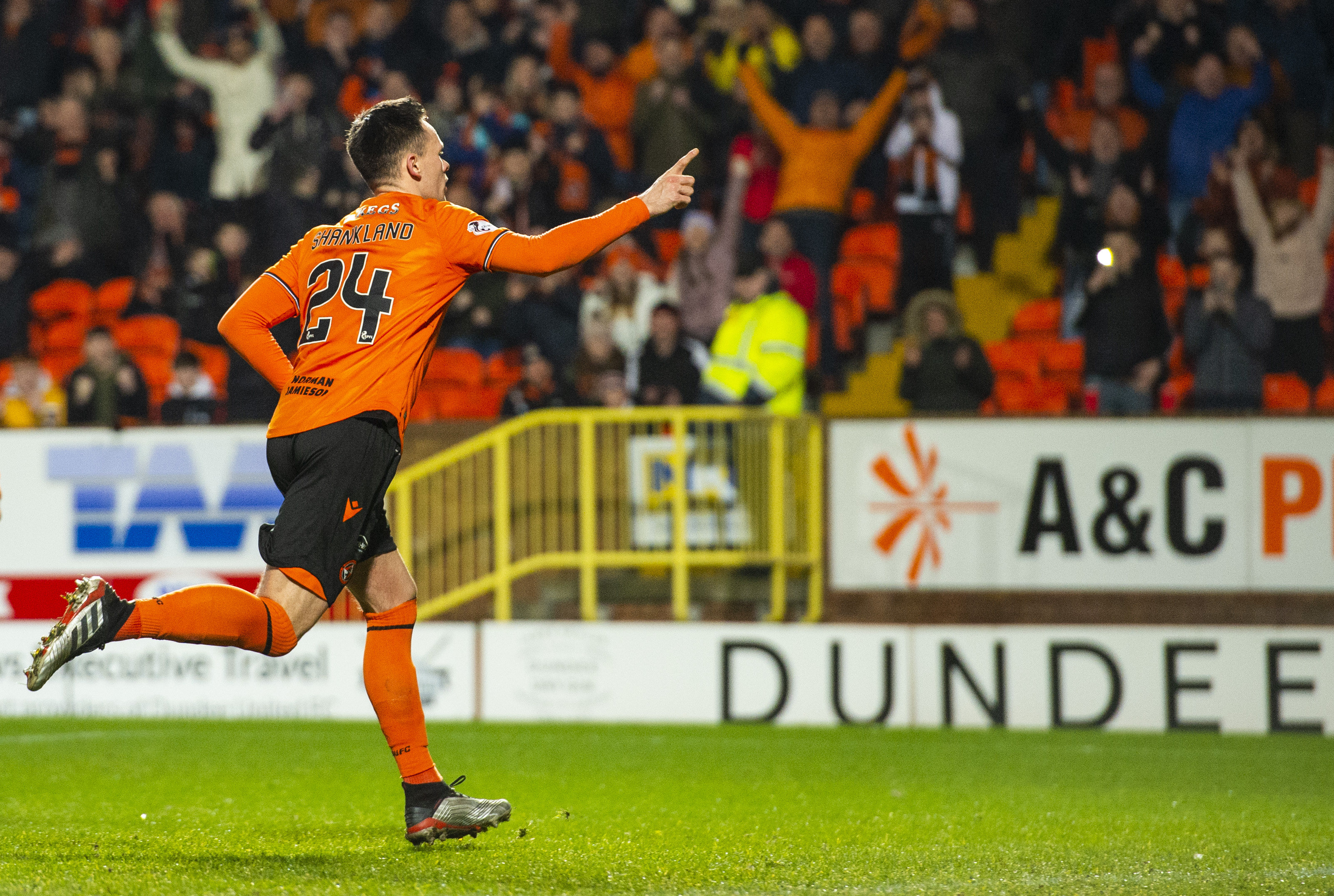 Lawrence Shankland after making it 2-0 from the spot.