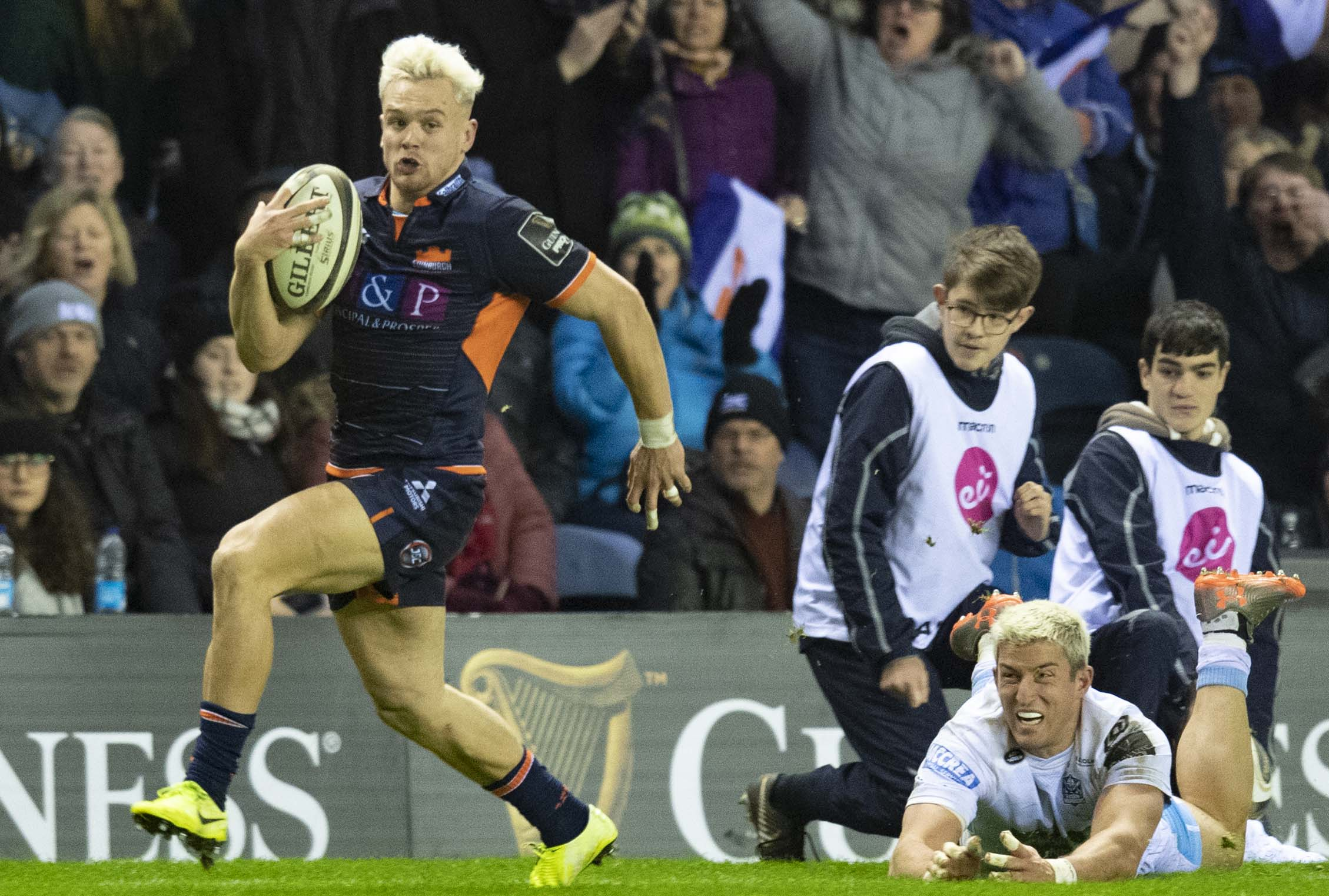 Darcy Graham escapes DTH van der Merwe's desperate tackle to break away and score Edinburgh's clinching try at Murrayfield.