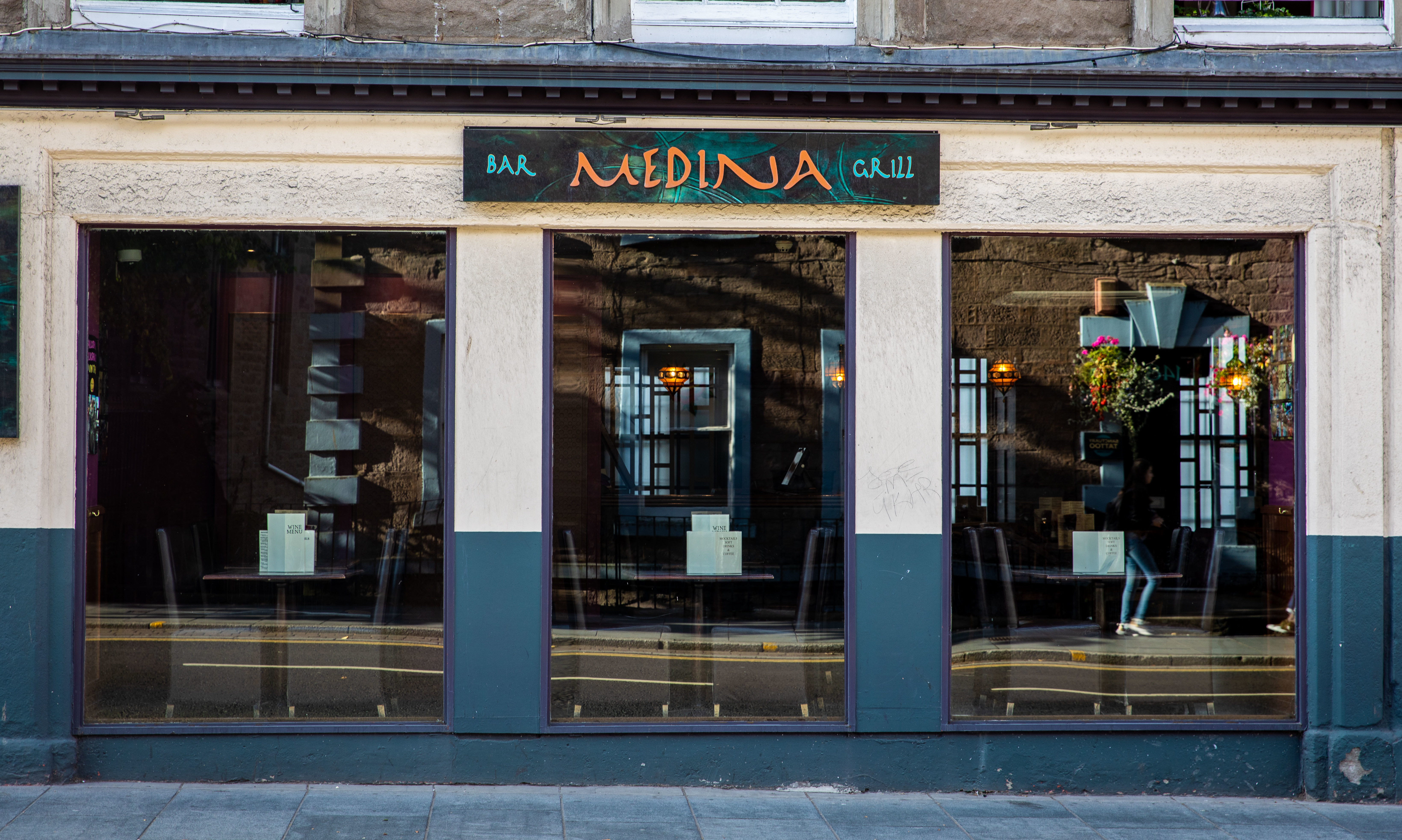 Medina, Dundee.