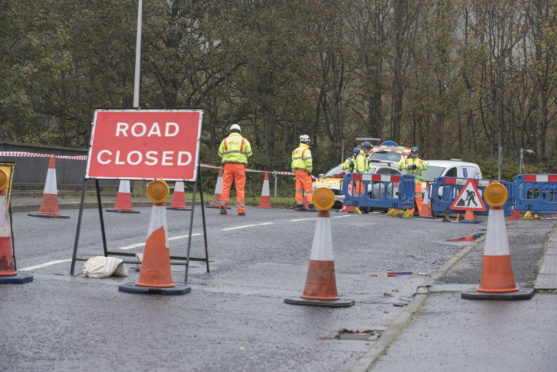 St Madoes Bridge above A90 Closed