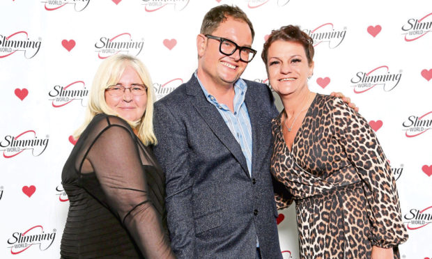 Slimming World consultants Fiona McCurdy and Stella Young meet Chatty Man Alan Carr.
