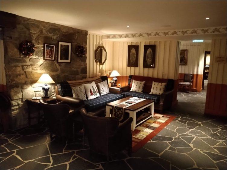 The Cluanie Inn lounge.