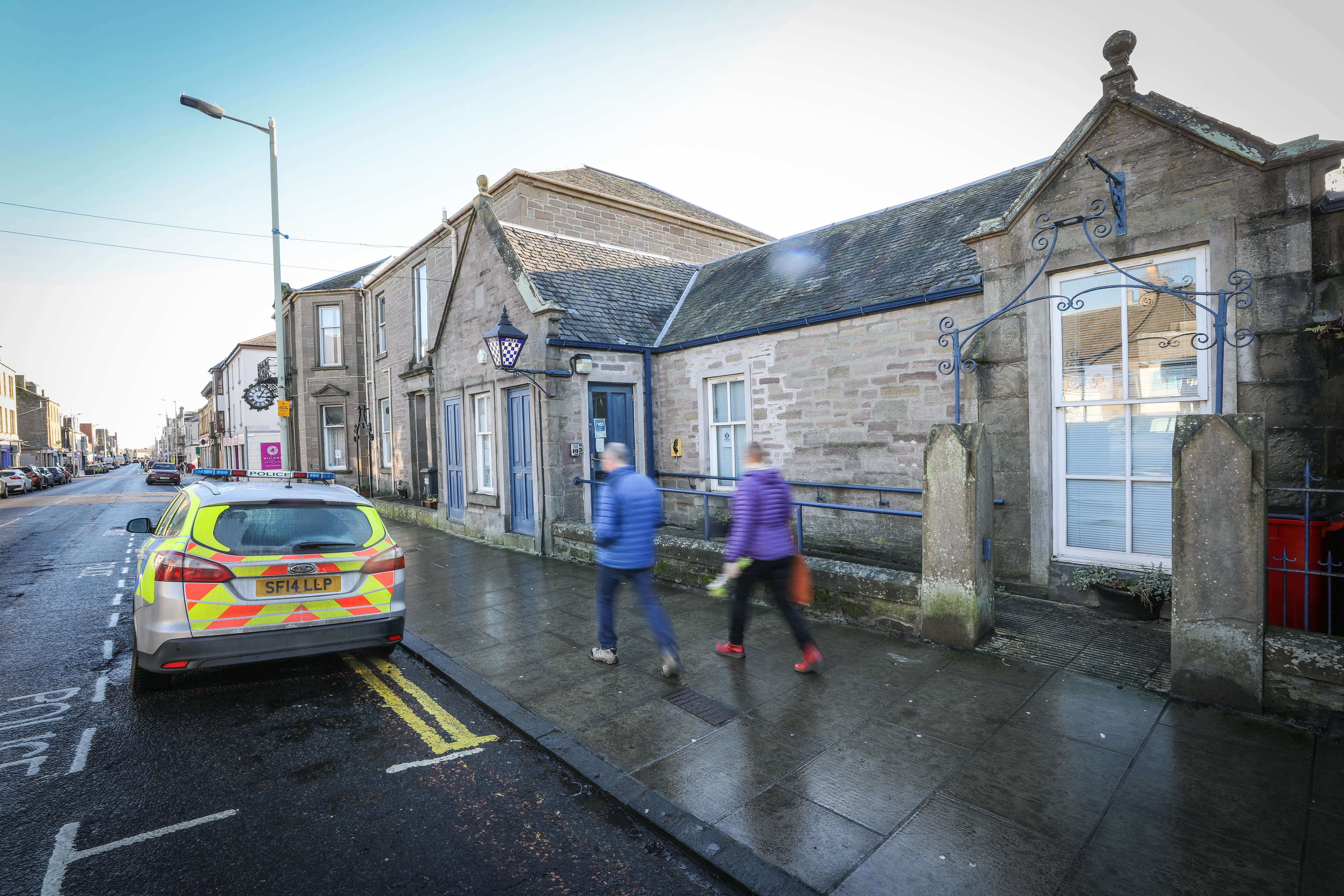 The row over police funding deepened after the ceiling of Broughty Ferry police station collapsed
