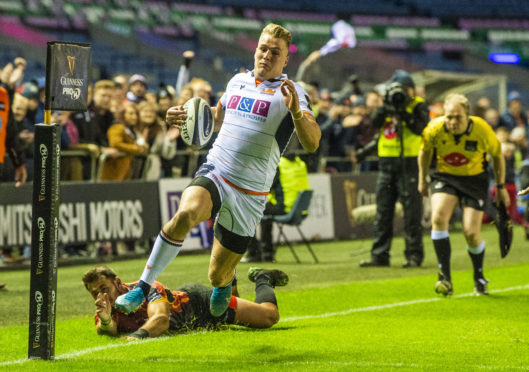 Duhan van Der Merwe scores the first of Edinburgh's nine tries against the Kings.