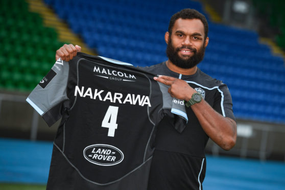 Fan favourite Leone Nakarawa is staying at Glasgow for at least another ear.