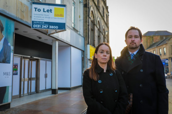 Conservative councillors  Kathleen Leslie and Darren Watt have hit out at Fife Council.