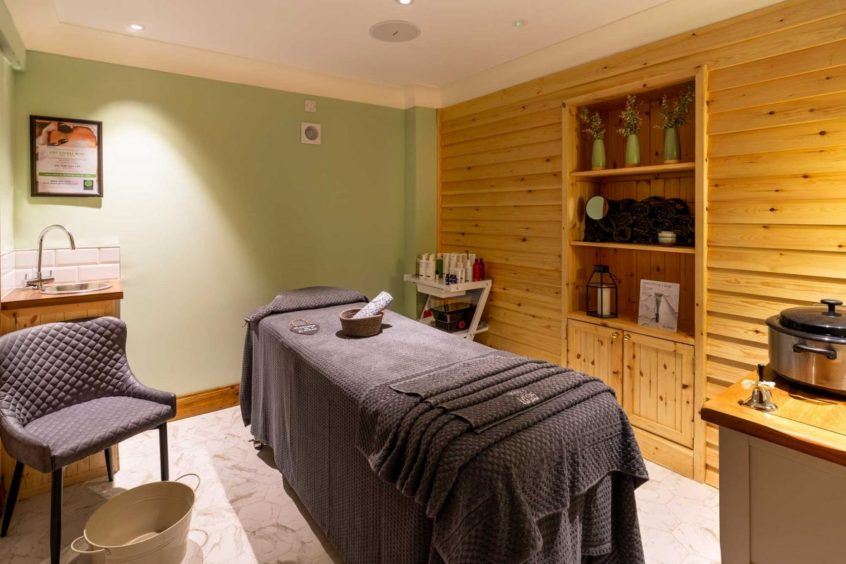 Whispering Pine Lodge its own spa.