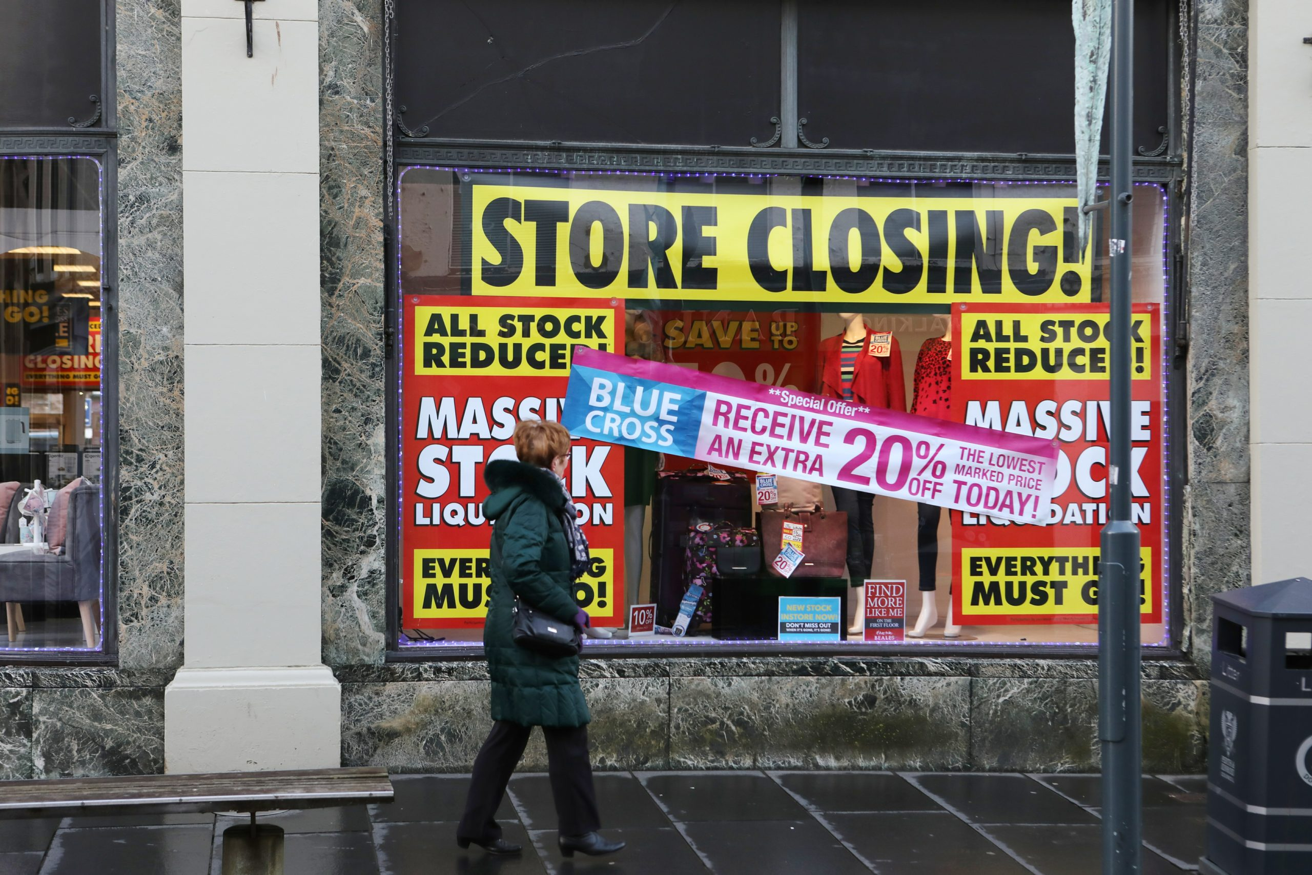 Store closing signs at Beales in Perth