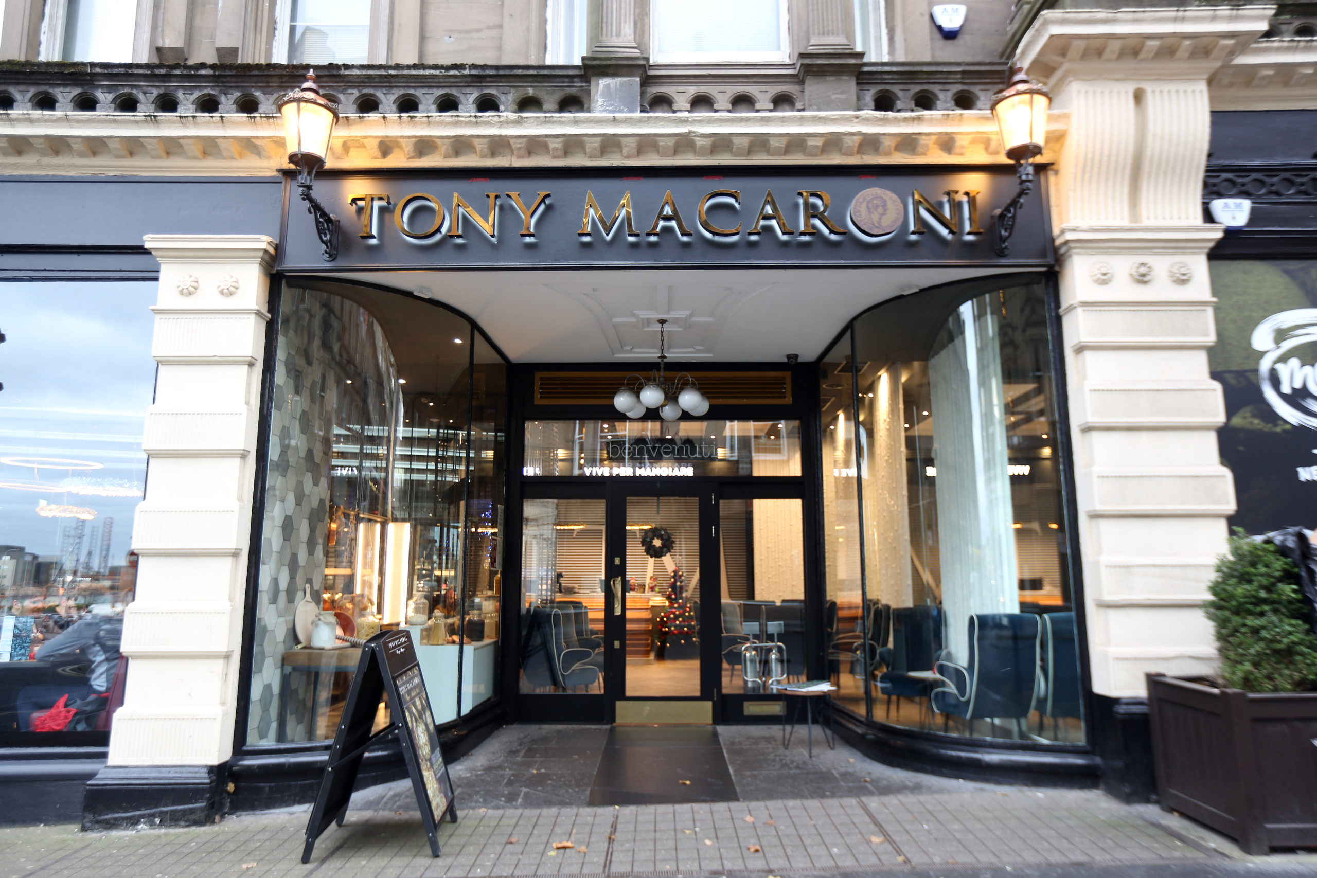 Tony Macaroni, Whitehall Street