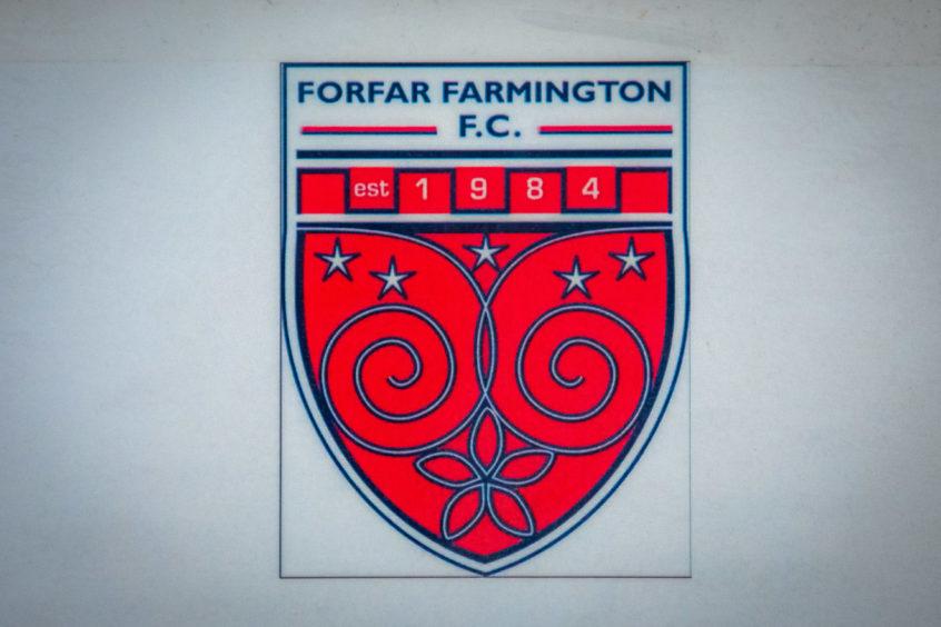 https://wpcluster.dctdigital.com/thecourier/wp-content/uploads/sites/12/2020/02/SMac_Forfar_Farmington_FC_Anniversary_Training-3-846x564.jpg
