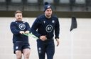 Chris Harris does strength work with Kyle Steyn in Scotland training.