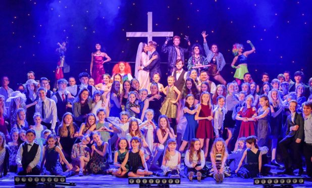 Rubber Chicken Theatre's record breaking performance of The Wedding Singer