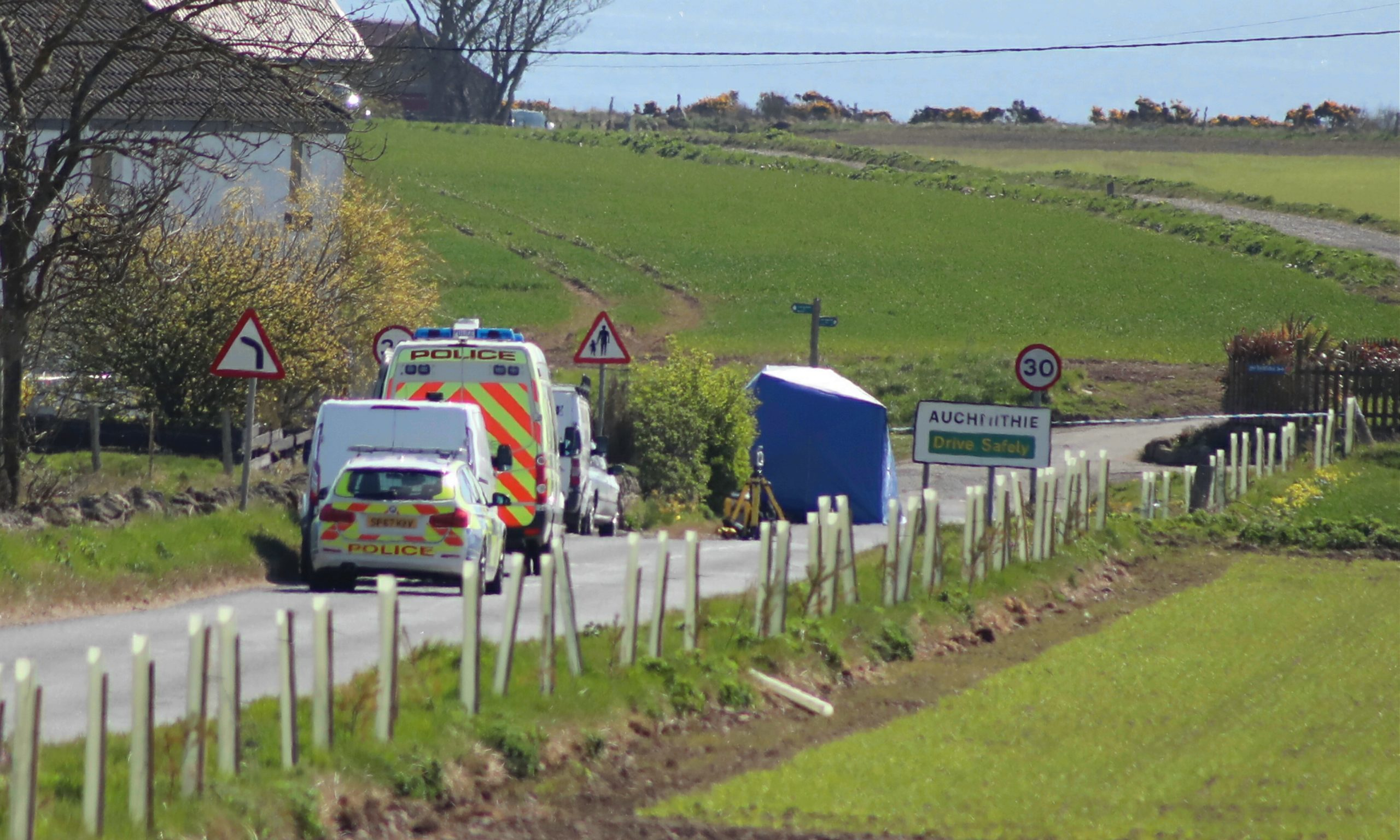Courier Auchmithie news CR0021084 G Jennings pics, cyclist incident on main road into Auchmithie, friday 24th april.