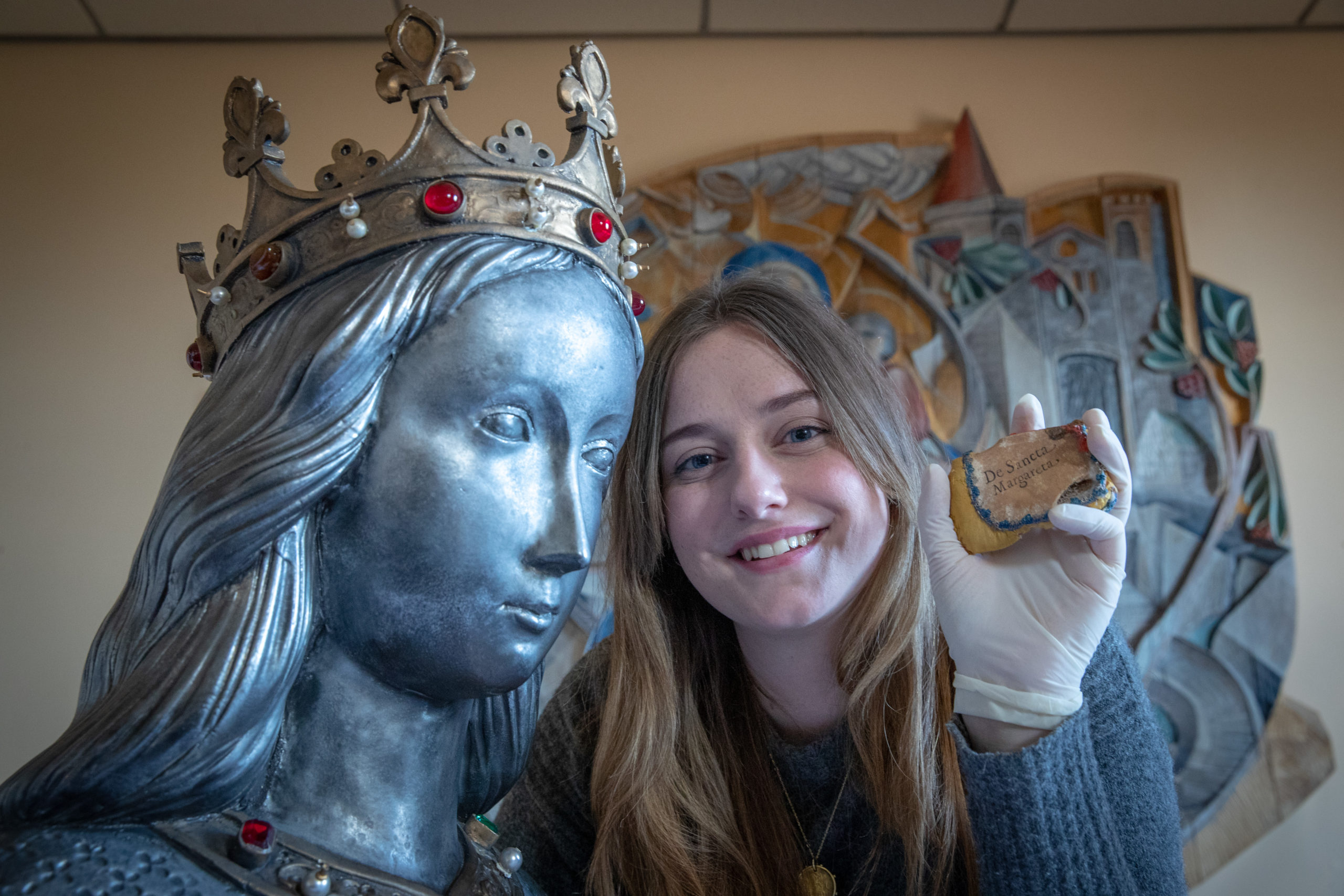 Lauren Gill, final year archaeology student, conducted scan and made 3D print of Saint Margaret relic in Dunfermline in 2019