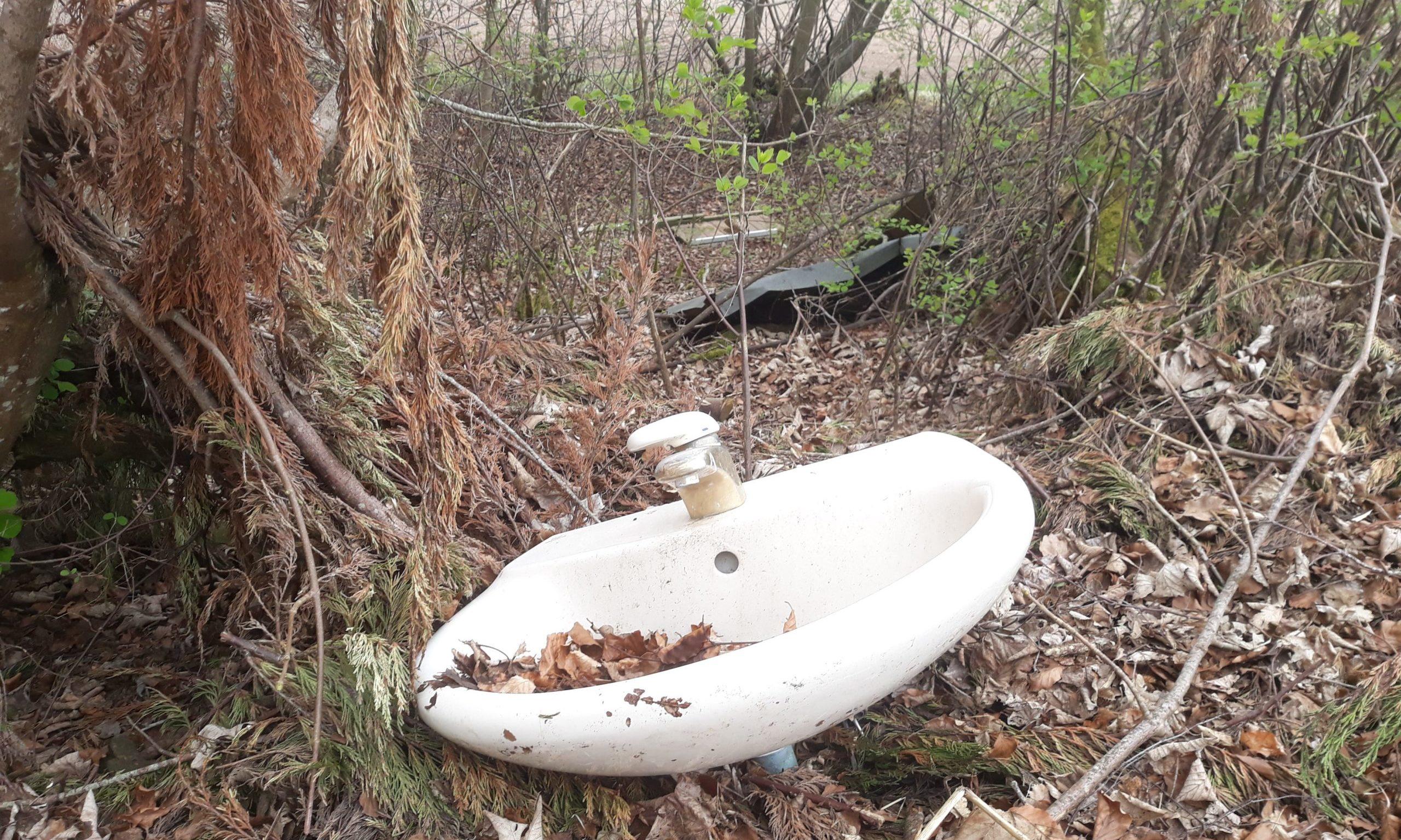 A sink dumped near Loch Cluny.