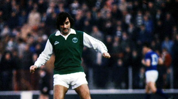George Best played for Hibernian in 1980.