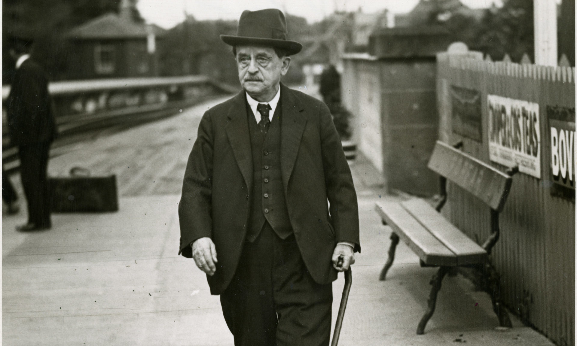 Sir James Matthew Barrie on the platform at Forfar Station in 1933.