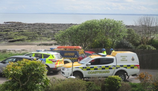 Emergency services at the scene of the bomb alert.