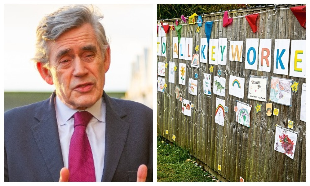 Gordon Brown, and a wall of thanks to key workers from Toft Hill residents in Glenrothes.