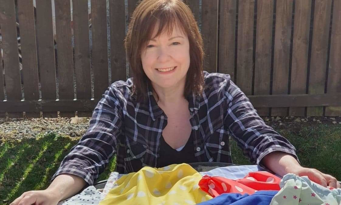 Rachael Wood, leading a laundry bag project in Pitlochry